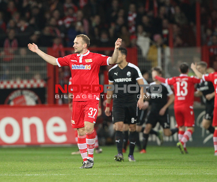 18.12.2015, Stadion an der Wuhlheide, Berlin, GER, 2.FBL, 1.FC UNION BERLIN  VS. SV SANDHAUSEN, im Bild Torjubel, aber kein Tor gegeben, Toni Leistner (1.FC Union Berlin)<br /> <br />      <br /> Foto &not;&copy; nordphoto /  Engler *** Local Caption ***