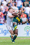 Charlton Kerr of England (L) fights for the ball with Mfundo Ndhlovu of South Africa (R) during the HSBC Hong Kong Sevens 2018 match between South Africa and England on April 7, 2018 in Hong Kong, Hong Kong. Photo by Marcio Rodrigo Machado / Power Sport Images