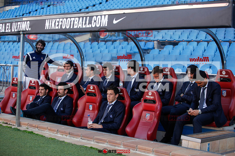 Real Sociedad´s players talk in the bench before La Liga match against Atletico de Madrid at Vicente Calderon stadium in Madrid, Spain. April 07, 2015. (ALTERPHOTOS/Victor Blanco) /NORTEphoto.com