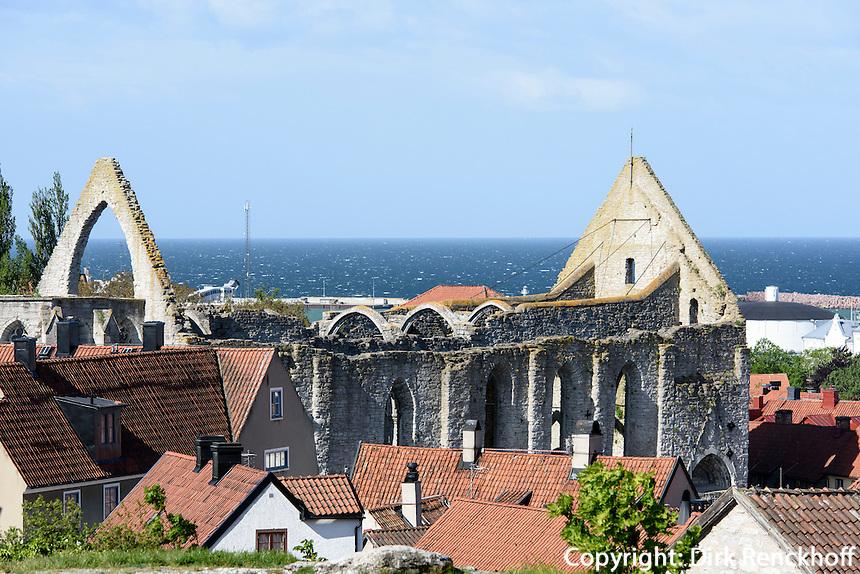 Ruine Santa Karin am Stora Torget in Visby, Insel Gotland, Schweden, Europa, UNESCO-Weltkulturerbe<br /> ruins of Santa Karin in Visby, Isle of Gotland, Sweden