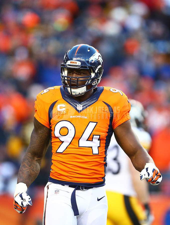 Jan 17, 2016; Denver, CO, USA; Denver Broncos defensive end DeMarcus Ware (94) against the Pittsburgh Steelers during the AFC Divisional round playoff game at Sports Authority Field at Mile High. Mandatory Credit: Mark J. Rebilas-USA TODAY Sports