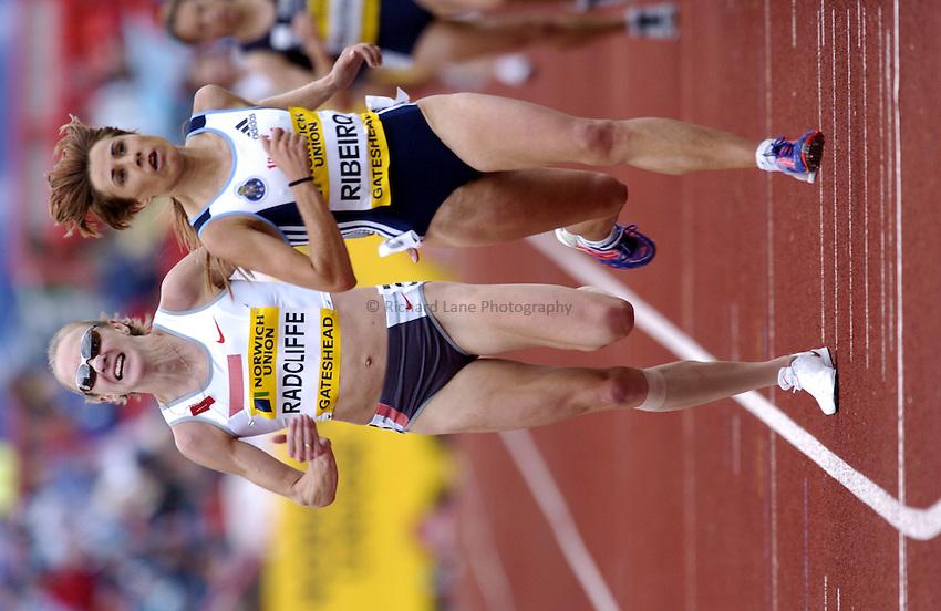 Photo. Richard Lane..Norwich Union British Grand Prix at Gateshead International. 27/06/2004..Paula Radcilffe laps Fernanda Ribero during the womens 10,000m.