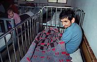 Pazaric / Bosnia.Pazienti dell'ospedale psichiatrico..Photo Livio Senigalliesi..Pazaric / BIH.Mental hospital..Photo Livio Senigalliesi