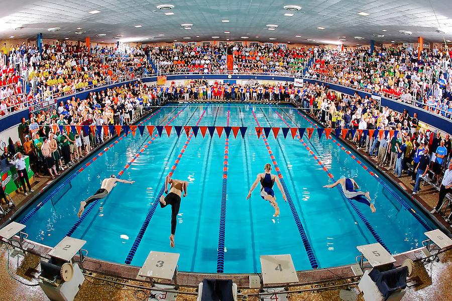 Swimming: Illinois High School Swimming Championships.Friday.Evanston, Illinois.22-FEB-2008.X79648 TK1.CREDIT: Andrew Hancock.