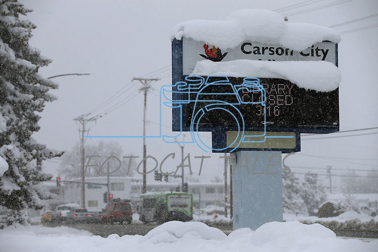 Many city and state offices were closed in Carson City, Nev., on Friday, March 16, 2018 as a snowstorm moves through the region. <br /> Photo by Cathleen Allison/Nevada Momentum