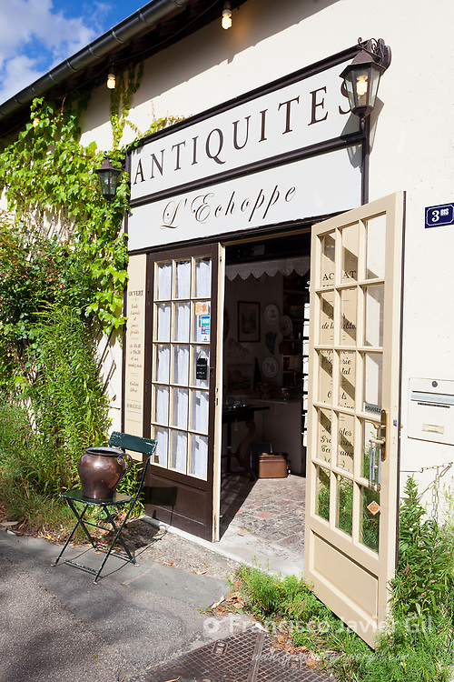 Antiquity shop, Giverny, Eure, Normandy, France