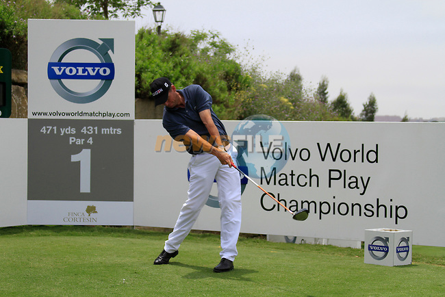 Anders Hansen (DEN) teeing off on the 1st tee during Day 1 of the Volvo World Match Play Championship in Finca Cortesin, Casares, Spain, 19th May 2011. (Photo Eoin Clarke/Golffile 2011)