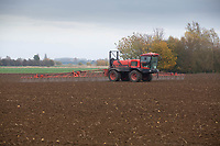 Pre-emergence spraying on Winter Wheat following potatoes  in Lincolnshire<br /> &copy;Tim Scrivener Photographer 07850 303986<br />      ....Covering Agriculture In The UK....