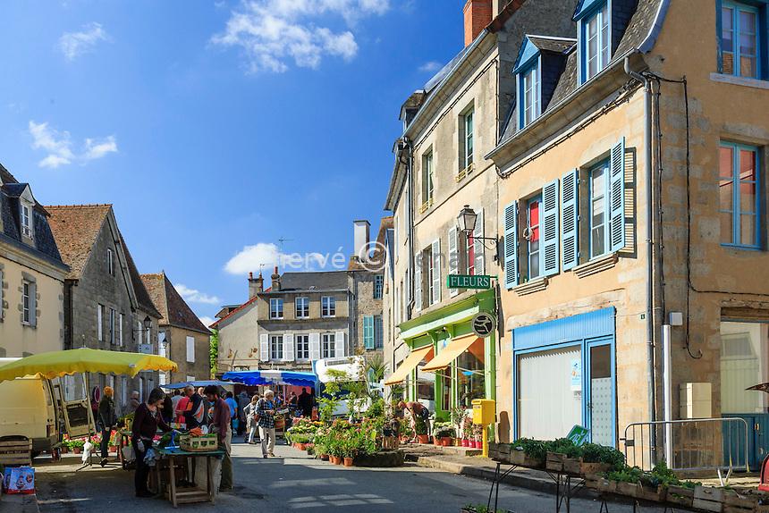 France, Creuse (23),Ahun, le marché // France, Creuse,, Ahun,