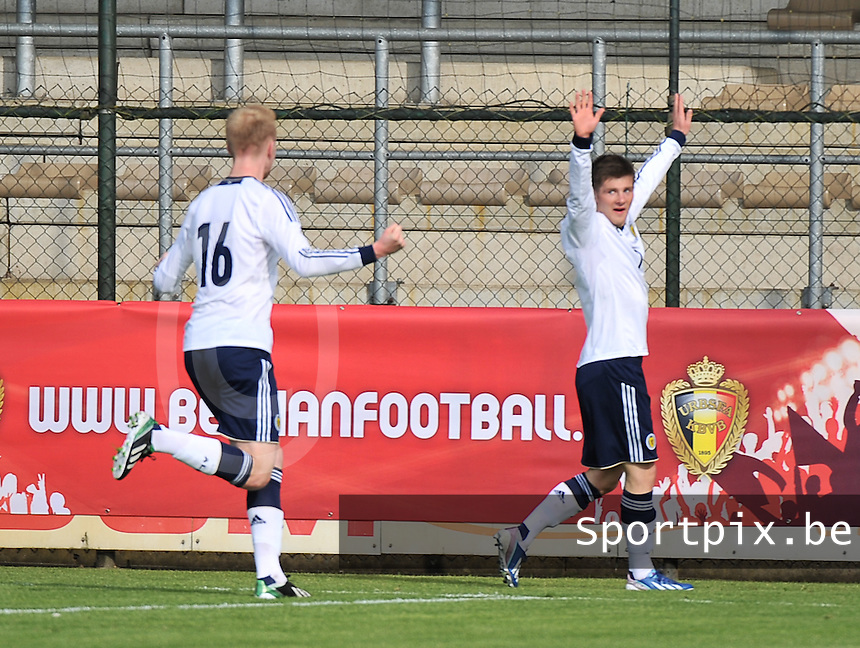 Scotland U19 - Belgium U19 : Matthew Kennedy (right) and Mark Beck (left) celebrating the 1-0 for Scotland.foto DAVID CATRY / Nikonpro.be