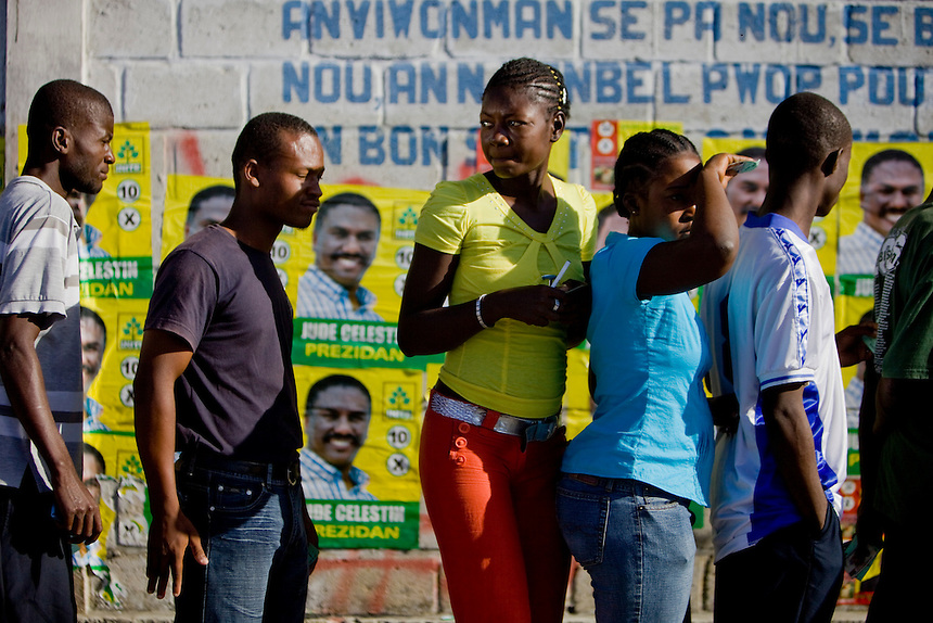 Voters arrive to cast their ballots in Cité Soleil, the countries largest slum, during Haiti's presidential elections in Port-au-Prince Haiti, November 28, 2010 (NATASHA FILLION/The Globe and Mail)