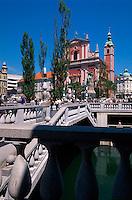 Tromostovje, Dreibrücken erbaut von Plecnik. Ljubljana, Slowenien