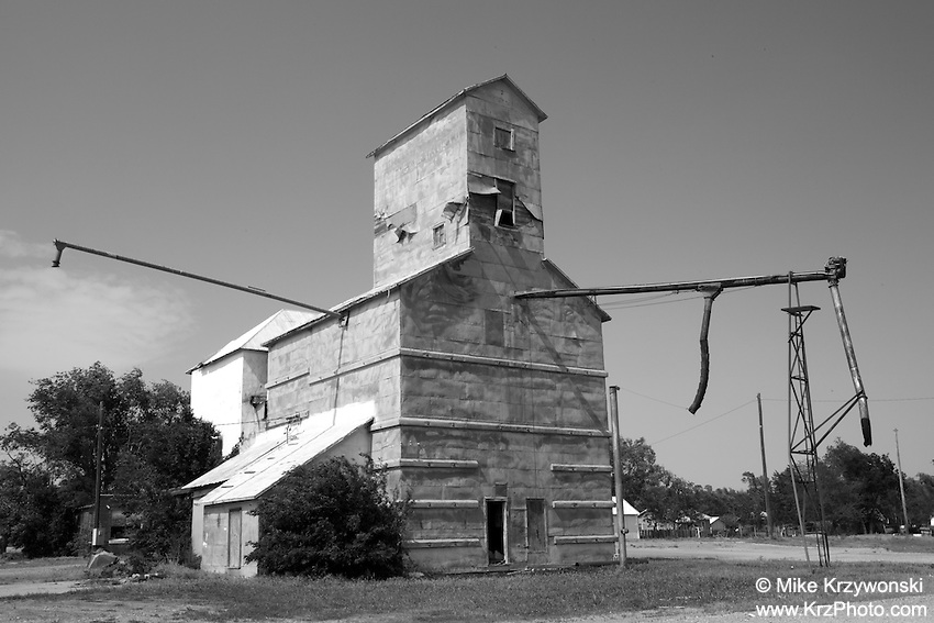 Old Grain Mill in Coldwater, KS