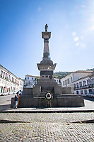 Ouro Preto (MG) 21/04/20 populacao deixa coroa de flores em homenagem a Tiradentes na Cidade de Ouro Preto ,  a 100 km de Belo Horizonte,  e fechada ao turismo com decreto municipal em prevencao ao Corona Virus nesta terca feira (21) (Foto: Giazi Cavalcante/Codigo 19/Codigo 19)