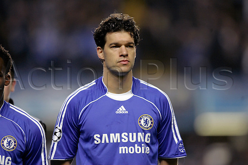6 March 2007: Portrait of Chelsea midfielder Michael Ballack before the UEFA Champions League last 16 second leg match between Chelsea and Porto played at the Stamford Bridge. Chelsea won the game 2-1, to win 3-2 over the two legs. Photo: Glyn Kirk/actionplus..070306 football soccer player