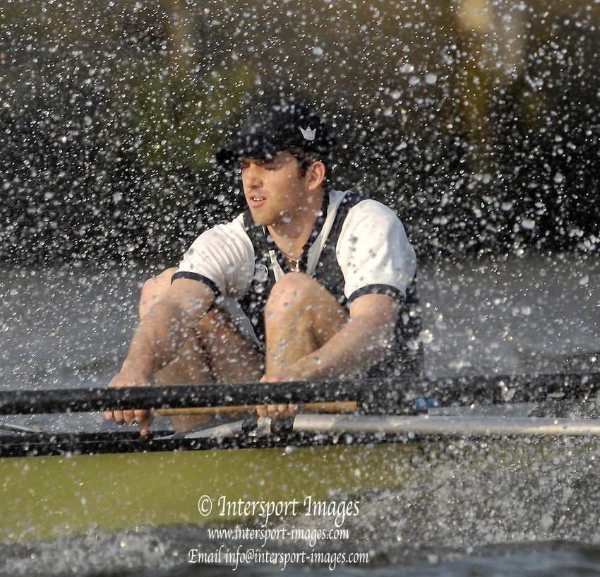 Putney, GREAT BRITAIN,  Oxford president,Robin EJSMOND-FREY, rowing at bow in the Oxfrod Blue Boat, during the Monday afternoon training session on the River Thames in London, as Oxford start their Tideway week preperation for the annual Boat race on Sat. April 7th.  Mon. 02.04.2007, England [Photo Peter Spurrier/Intersport Images]   [Mandatory Credit, Peter Spurier/ Intersport Images]. , Rowing Course: River Thames, Championship course, Putney to Mortlake 4.25 Miles, , Varsity Boat Race.