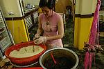 Singapore Perranakan Helen Lim prepara  il dim sum      <br /> &copy; Paolo della Corte