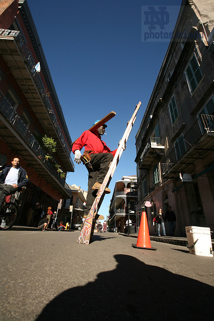 Street performers on Royal Street, French Quarter, New Orleans