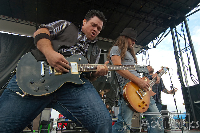 Shaman's Harvest playing Pointfest 29 at Verizon Wireless Amphitheater.