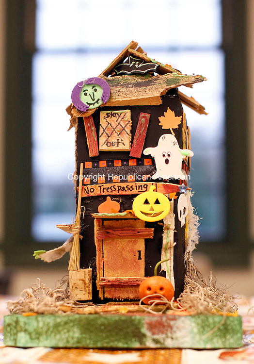 Southbury, CT-25 October 2012-102512CM03-  A Halloween spooky house, made by Katie Stevenson is modeled at the Southbury Public Library Thursday afternoon in Southbury.   The program, which included 20 children, was put on by Katie Stevenson. Christopher Massa Republican-American
