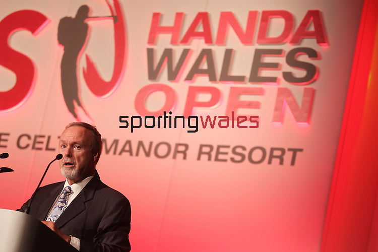 ISPS Handa Wales Open 2012.Celtic Manor owner Sir Terry Matthews speaking at the gala dinner...29.05.12.©Steve Pope