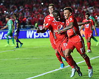 CALI - COLOMBIA, 19-10-2019: Duvan Vergara del América celebra después de anotar el segundo gol de su equipo partido por la fecha 18 de la Liga Águila II 2019 entre América de Cali y Atlético Nacional jugado en el estadio Pascual Guerrero de la ciudad de Cali. / Duvan Vergara of America celebrates after scoring the second goal of his team during match for the date 18 as part of Aguila League II 2019 between America de Cali and Atletico Nacional played at Pascual Guerrero stadium in Cali. Photo: VizzorImage / Nelson Rios / Cont