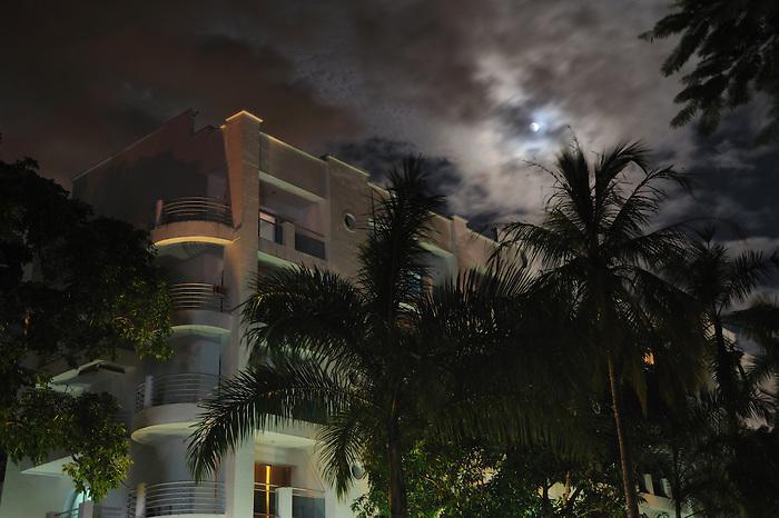 Clayton Tower / Clayton / Ciudad de Panamá.<br /> <br /> Edición de 10 | Víctor Santamaría.