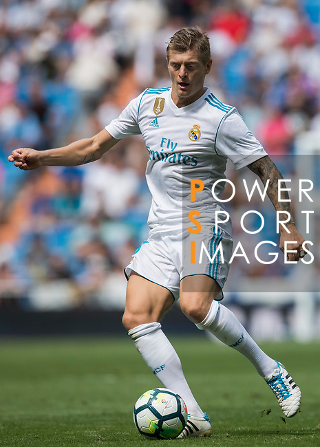 Toni Kroos of Real Madrid in action during the La Liga match between Real Madrid and Levante UD at the Estadio Santiago Bernabeu on 09 September 2017 in Madrid, Spain. Photo by Diego Gonzalez / Power Sport Images