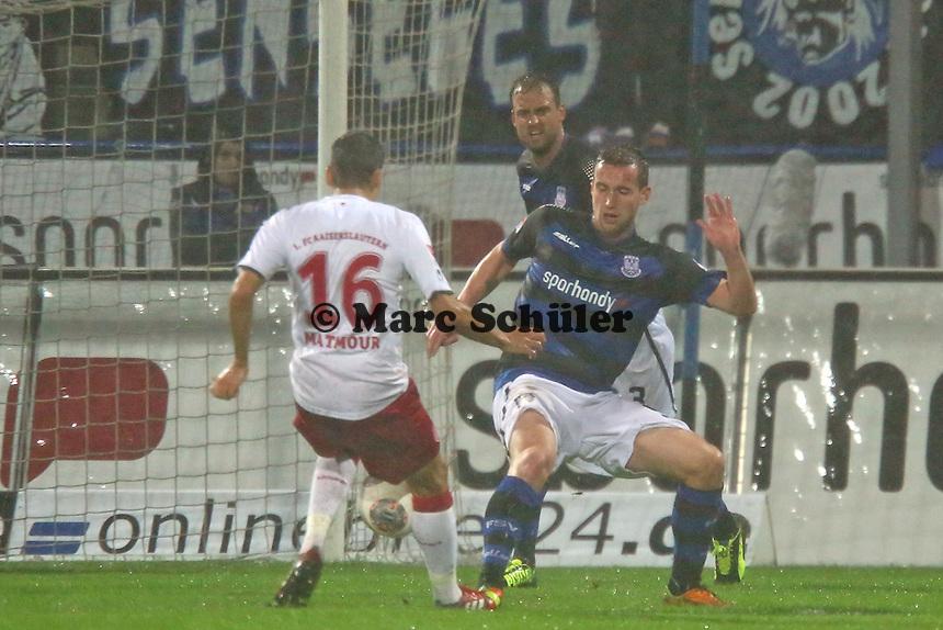 Karim Matmour (FCK) setzt sich durch - FSV Frankfurt vs. 1. FC Kaiserslautern, Frankfurter Volksbank Stadion