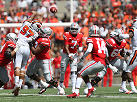 Ohio State Buckeyes quarterback Dwayne Haskins (7) completes a pass to Ohio State Buckeyes wide receiver K.J. Hill (14) during the first half of a college football game between The Ohio State Buckeyes and the Oregon State Beavers held Saturday, September 1, 2018 at Ohio Stadium. [Fred Squillante/Dispatch]]
