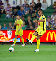 7th February 2020; HBF Park, Perth, Western Australia, Australia; A League Football, Perth Glory versus Wellington Phoenix; Steven Taylor of Wellington Phoenix passes the ball across his defensive line