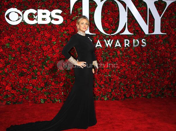 NEW YORK, NY-June 12: Marlee Matlin at the 70th Annual Tony Awards at the Beacon Theatre in New York. NY June 12, 2016. Credit:RW/MediaPunch