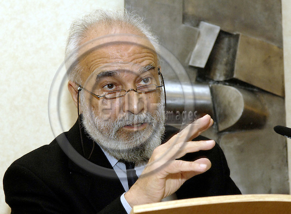 Brussels-Belgium - 10 December 2006---Francisco (Chico) WHITAKER FERREIRA from Brazil, co-founder of the 'World Social Forum' (WSF, in 2000) and one of the 2006-Laureates of the 'Alternative Nobel Prize' (Right Livelihood Award)---Photo: Horst Wagner/eup-images