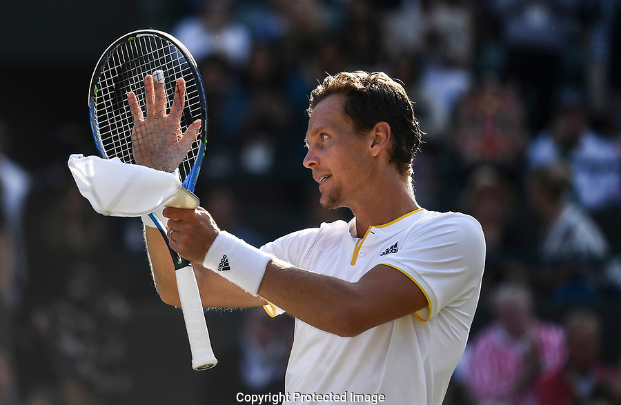 Tomas Berdych (CZE) celebrates victory following Novak Djokovic's (SRB) retirement