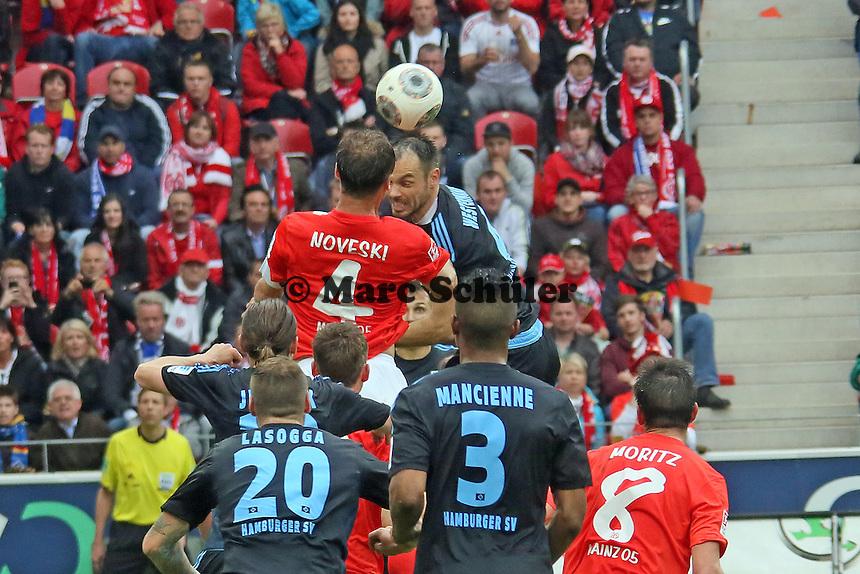 Kopfball Heiko Westermann (HSV) gegen Nikolce Noveski (Mainz) - 1. FSV Mainz 05 vs. Hamburger SV, Coface Arena, 34. Spieltag
