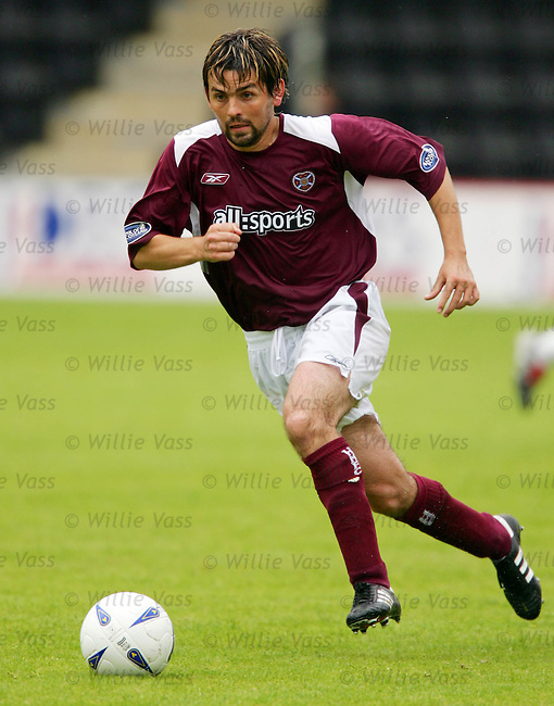Paul Hartley, Hearts.stock season 2004-2005.pic willie vass