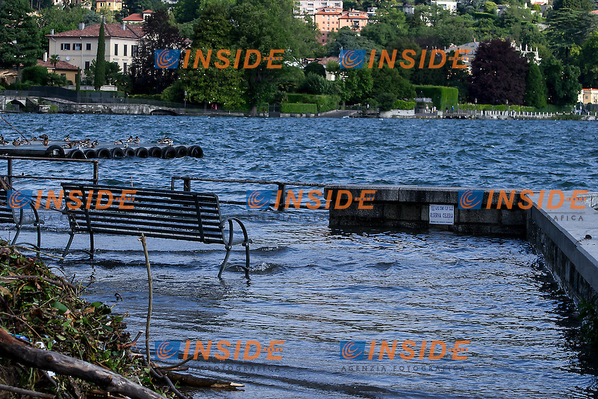 Il Lago di Como esonda dopo settimane di continue piogge<br /> Como's lake overflows after weeks of continuous rains<br /> Como 18-06-2016<br /> Photo Laura Binda/Insidefoto