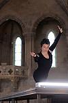 THE MONSTER WHICH NEVER BREATHES<br /> <br /> Myriam Gourfink, chor&eacute;graphie et danse<br /> Kasper T. Toeplitz, conception, composition et informatique live<br /> Eva Darracq-Antesberger, orgue Cavaill&eacute;-Coll<br /> Zak Cammoun, r&eacute;gie son<br /> Cadre : Songes chor&eacute;graphiques &agrave; Royaumont<br /> Date : 05/09/2014<br /> Lieu : Fondation Royaumont