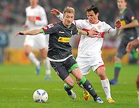 FUSSBALL   1. BUNDESLIGA  SAISON 2011/2012   19. Spieltag   29.01.2012 VfB Stuttgart - Borussia Moenchengladbach    Marco Reus (li, Borussia Moenchengladbach) gegen Tomas Hajnal (VfB Stuttgart)