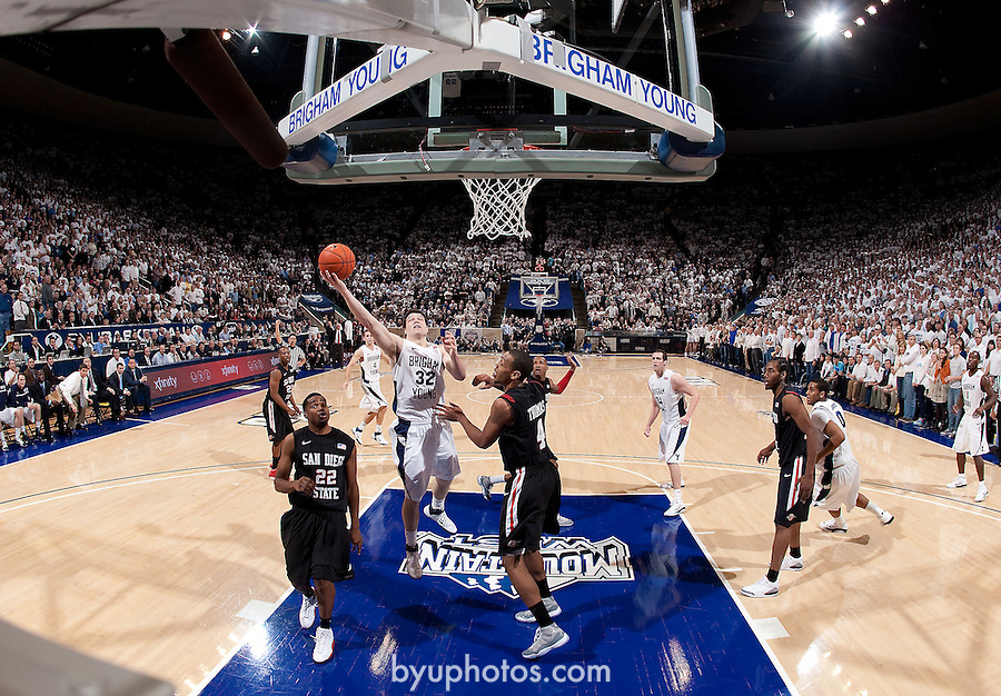 10-11mBKB SDSU 0552.CR2..10-11mBKB vs SDSU..#9 BYU-71.#4 SDSU-58..January 26, 2011..Photo by Jaren Wilkey/BYU..© BYU PHOTO 2011.All Rights Reserved.photo@byu.edu  (801)422-7322