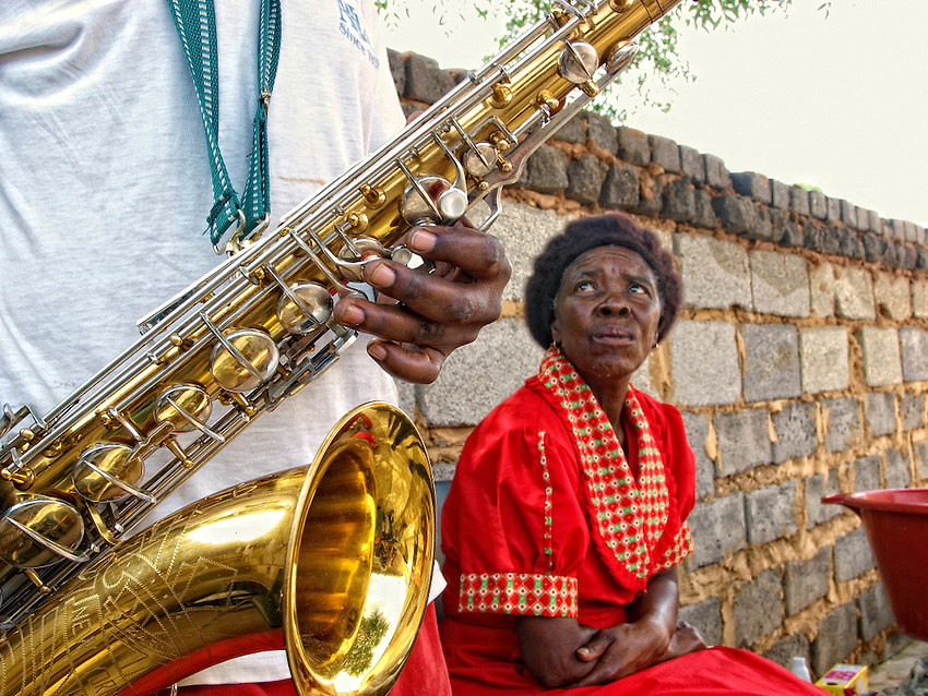 Abraham plays Coltrane in his private Jazzclub in his backyard, Township of Mamelodi, Pretiria, SA 2009