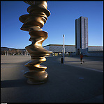 La nuova città di Torino, completata per le olimpiadi del 2006. La Piazza Olimpica.