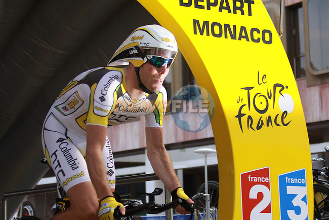 Mark Cavendish starts the first stage prologue in the 2009 Tour de France, 4th July 2009 (Photo by Manus OReilly/NEWSFILE)