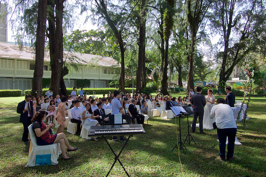 Malaysia, Penang. Batu Ferringhi. Wedding at Lone Pine Hotel.