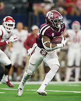 Hawgs Illustrated/Ben Goff<br /> Trayveon Williams, Texas A&M tailback, carries in the 1st quarter vs Arkansas Saturday, Sept. 29, 2018, during the Southwest Classic at AT&T Stadium in Arlington, Texas.