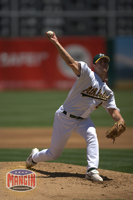Rich Harden. Baseball: Minnesota Twins vs Oakland Athletics at McAfee Coliseum in Oakland, CA on June 4, 2006. Photo by Brad Mangin
