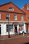 Maryland: Annapolis.  Shopping on Main Street.  Photo #: mdanna108(nef186).Photo copyright Lee Foster, www.fostertravel.com, 510/549-2202, lee@fostertravel.com