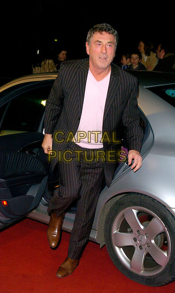 "BILLY MURRAY.Arrivals - ""An Audience With Lionel Richie"" TV recording, ITV Television Centre, Aouth Bank, London, England, December 9th 2006..full length getting out of car.CAP/CAN.©Can Nguyen/Capital Pictures"