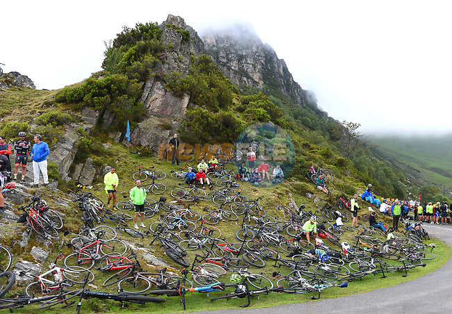 Fans await the arrival of the race on the final climb of Stage 16 of La Vuelta 2019  running 144.4km from Pravia to Alto de La Cubilla. Lena, Spain. 9th September 2019.<br /> Picture: Karlis | Cyclefile<br /> <br /> All photos usage must carry mandatory copyright credit (© Cyclefile | Karlis)