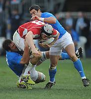 Rayan Jones (Galles) Pablo Canavosio (Itala)<br /> Italia vs Galles<br /> RBS 6 Nations Rugby Championship 2011<br /> Stadio Flaminio;<br /> Roma, 26/02/2011<br /> Photo Antonietta Baldassarre Insidefoto